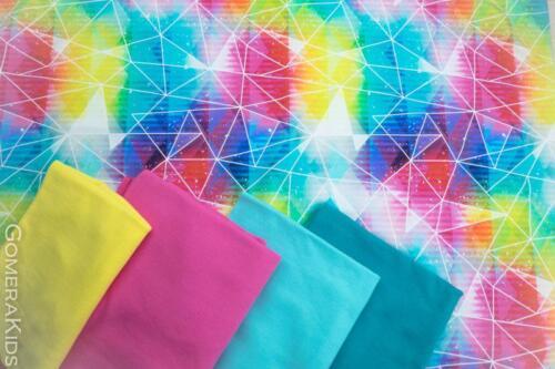 Dressikangas Värvilaigud kolmnurksed kujundid